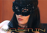 Yasmin_K9Lady_model_THUMBS